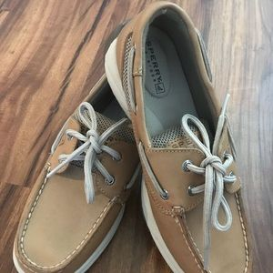 Sperry Top Sider boat shoe woman size 6M Tan